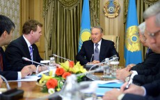 President Nursultan Nazarbayev Receives Minister of Foreign Affairs of Canada John Baird