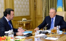 President Nursultan Nazarbayev Receives Minister of Culture and Information Mukhtar Kul-Mukhammed