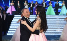 Nursultan Nazarbayev attends New Year's Eve Ball in Astana