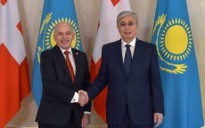 The Head of State Kassym-Jomart Tokayev held negotiations with President of Switzerland Ueli Maurer in the narrow format